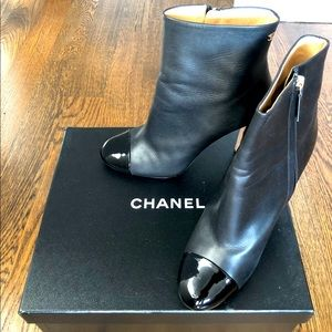 CHANEL Authentic black boots with gold logos